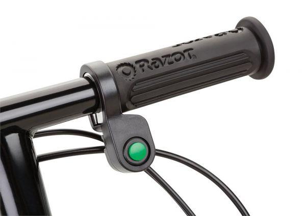 trottinette Razor power core e90 bouton poussoir pour accélérer